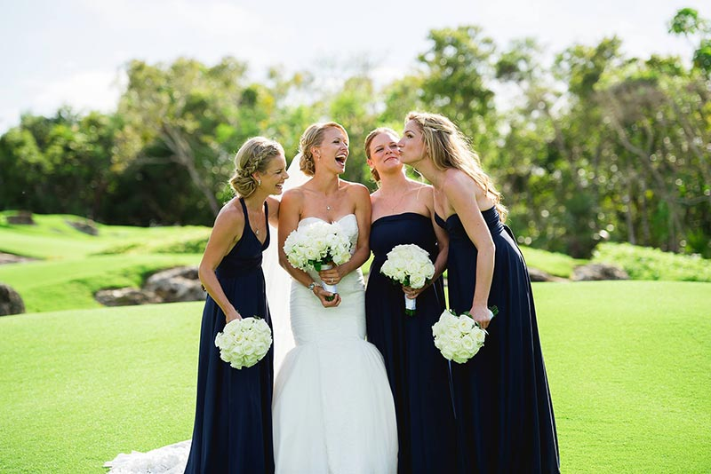Lyndah Wells Bahamas Wedding Photographer